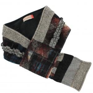 Echarpe avec passant intégré rouge/noir/gris