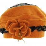 Béret à découpes surpiquées Gatlin orange et marron
