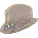 Chapeau réversible avec broche noeud tricot + bouton