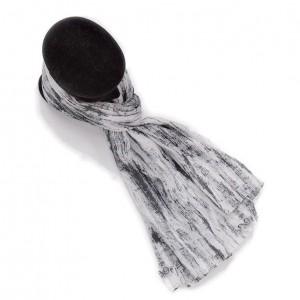 Étole blanc noir coton torsadée imprimée partition de musique 110 x 180