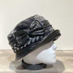Chapeau cloche bi matière noir-gris doublure polaire