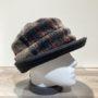 Chapeau cloche noir-beige doublure polaire