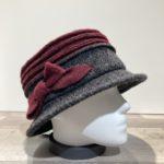 Chapeau cloche gris foncé-bordeaux doublure polaire