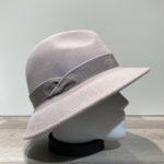 Chapeau feutre laine asymétrique glacé