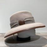 Chapeau bord large feutre laine beige