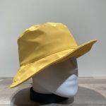 Chapeau bob de pluie jaune doublé