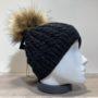 Bonnet torsadé uni noir fil en lurex brillant doublé avec pompon Herman