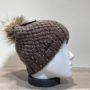 Bonnet tricot uni taupe strass doublé avec pompon Herman