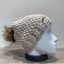 Bonnet tricot uni beige strass doublé avec pompon Herman