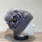 Bonnet gris avec motif