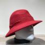 Chapeau feutre laine asymétrique rouge