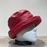 Chapeau cloche de pluie rouge doublé
