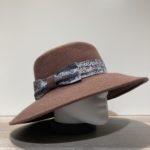 Chapeau bord large feutre laine taupe