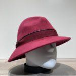 Chapeau feutre laine asymétrique rouge foncé