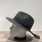 Chapeau noir paille papier malléable