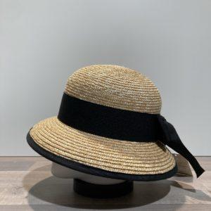 Chapeau cloche paille cousue avec ruban noir