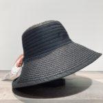 Chapeau bord large Audrey noir anti UV ajustable malléable
